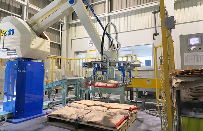 三酸化アンチモンの自動荷造り設備